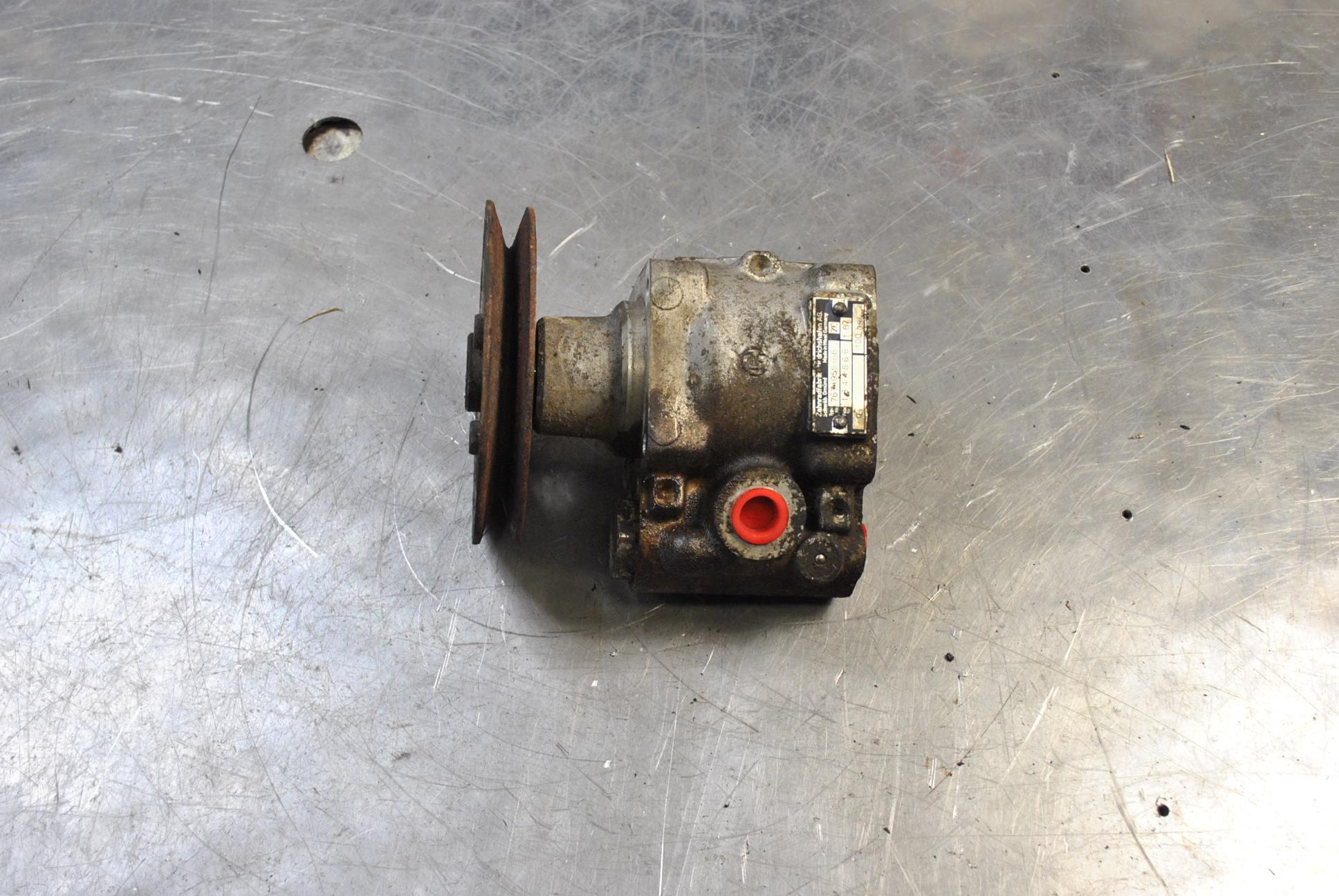 Styrservopump mekanisk image
