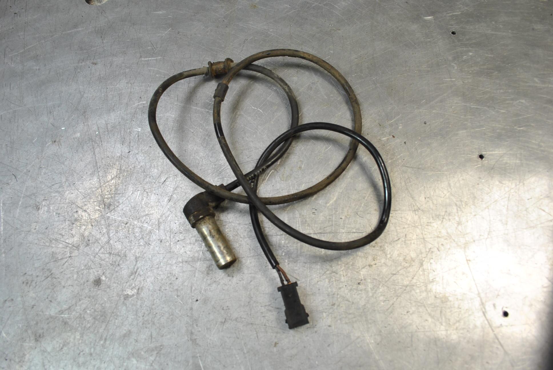 ABS Sensor till AUDI A6/S6 1995-1997 BE 4A0927807D (0)