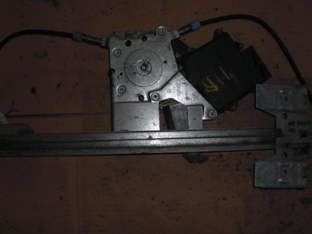 Fönsterhissmotor till VW GOLF III 1992-99 BE L4249 (0)
