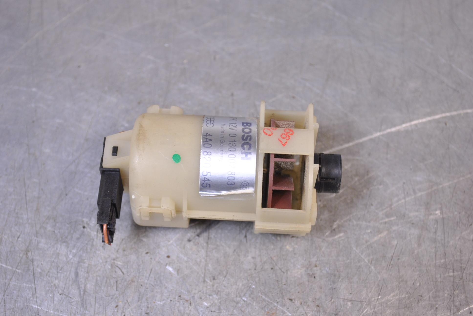 AC Innertemperatur Sensor till AUDI A4/S4 1994-99 BE 0130002803 (0)