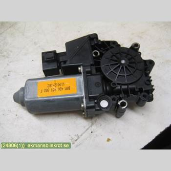Fönsterhissmotor AUDI A8/S8 4D 94-02  S8 4,2 32V SEDAN QUATTRO 1999 4D0959802F