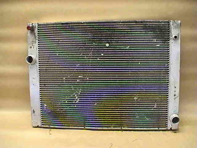 Kylare Automat till BMW 7 E65/66 2000-2008 B 17117507972 (0)