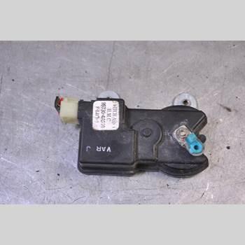 Centrallåsmotor Vänster HYUNDAI H1/STAREX 1997-2008 HYUNDAI H1 2000
