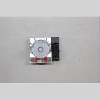 AUDI A4/S4 08-11 2,0 TDI QUATTRO 2012 8K0614517EG
