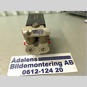 ABS Hydraulaggregat VOLVO 740      88-92 VOLVO 744-886 GL/E-PKT 1990 6819092