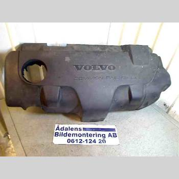 Motorkåpa VOLVO V70      00-04  S + V70 2003 8653495