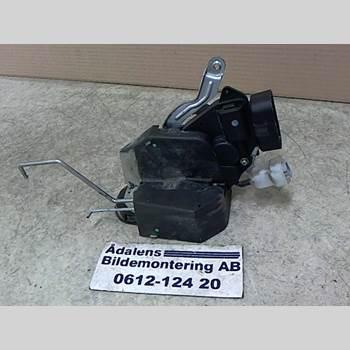 Centrallåsmotor Baklucka TOYOTA RAV 4    00-06  RAV4 2001