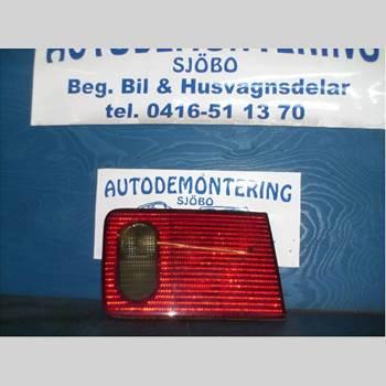BAKLJUS BAKLUCKA VÄ AUDI A8/S8 4D 94-02  A8 4.2 QUATTRO 1996 4D0 945 093 G
