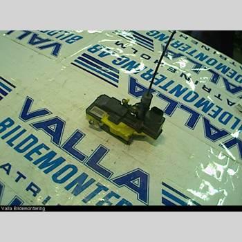 VOLVO S80      99-03 2,4 170 1999 30699756