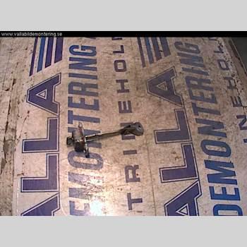 TOYOTA AYGO 06-14 1,0 2006 686100H020
