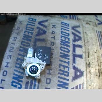 Fönsterhissmotor VOLVO V50 04-07 2,4 140 2004 30710486