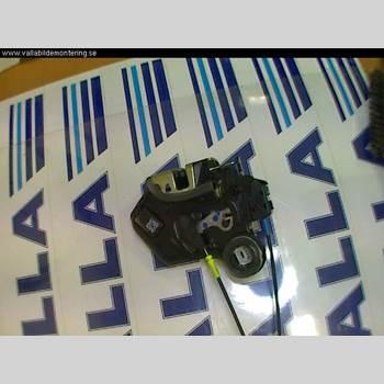 TOYOTA AVENSIS   03-06 2,4 2004 69050-02101