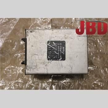 AUDI 100/S4     91-94 S4 (C4) 1992 443959663B