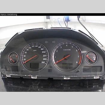 Hastighets Mätare Volvo V70      05-08 V70 2,4 2005 36050524