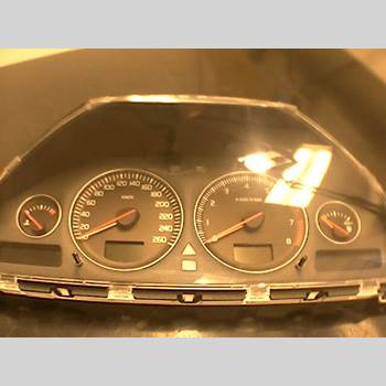 Hastighets Mätare Volvo V70      05-08 V70 2,4 BI-FUEL 2006 36050540
