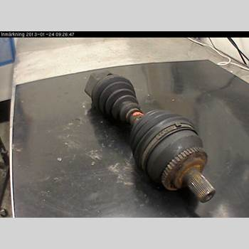 Drivaxel Vänster Fram VOLVO S80      99-03 S80 2,9 1999 8251781