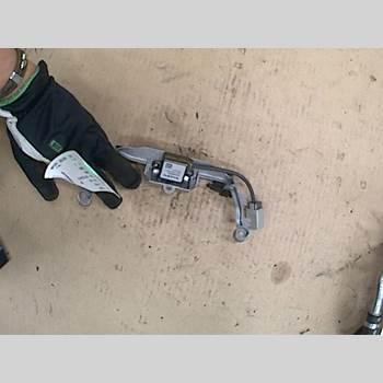 VOLVO XC70 08-13  2010 31318907