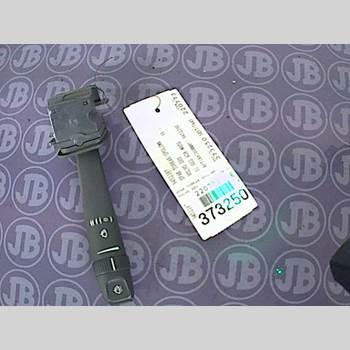 VOLVO S80      99-03  2001 31268581
