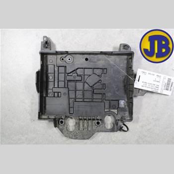 Batterilåda/Fäste/Hållare RENAULT CLIO III  09-12  CLIO 2010 8200314273