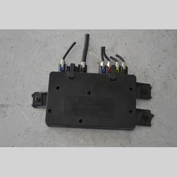 Antennförstärkare AUDI A6/S6     97-05 A6 AVANT 2000