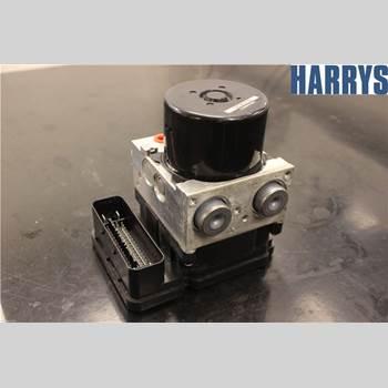 VOLVO S60 11-13 S60 D5 2011 31329138