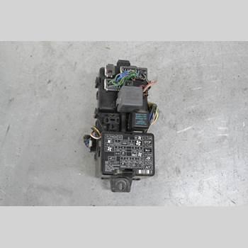 SÄKRINGSDOSA/ELCENTRAL MITSUBISHI L200   96-06 L200 2002