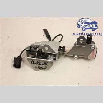 Låskista Baklucka VW TOUAREG I 03-10 5DCBI 2,5TDi AUT 4*4 SER ABS 2005
