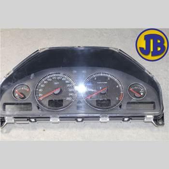 Hastighets Mätare VOLVO XC90     03-06 XC90 D5 AWD 2004 8602759