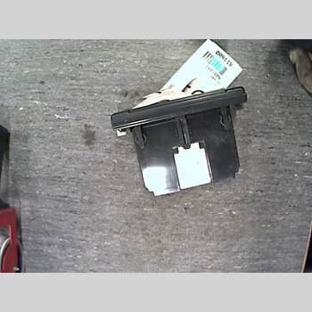 Radio VOLVO S40 08-12  M + S40 2008 36001469