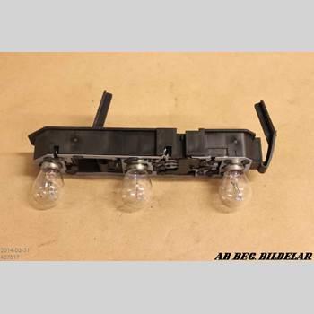Bakljus insats/Lamphus Vänster VOLVO S70/V70/XC  97-00 2.5 Bi-Fuel SE 1998 3512418