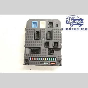 Säkringsdosa/Elcentral 5DCS 1,6i16V 5VXL SER ABS 2007