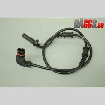 ABS Sensor MB CLK (C209) 02-09 CLK 500 2003 A2035400417