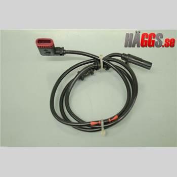 ABS Sensor MB CLK (C209) 02-09 CLK 500 2003 A2035401417
