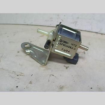 AUDI A6/S6     95-97 2,6 QUATTRO 1995 437906283A