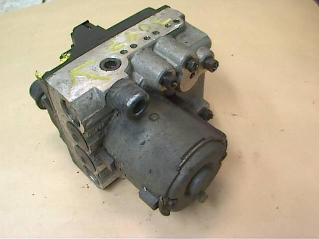 ABS HYDRAULAGGREGAT till AUDI A6/S6 1995-1997 VI 8D0614111D (0)