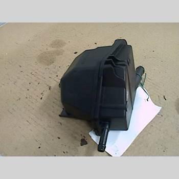 Styrservo Oljebehållare VW GOLF IV 98-03 1,6 2001