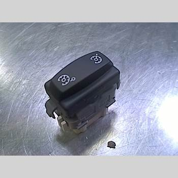RENAULT MÉGANE II  03-05 1,6i CC-kaross 2005 28082