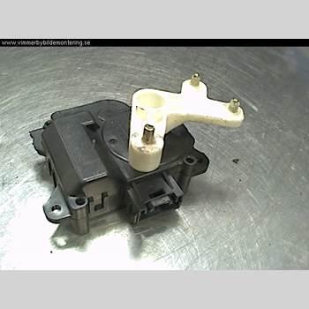 Värme Reglermotor TOYOTA YARIS VERSO  00-05 1,3i 16v 86hk 2000 0637007900
