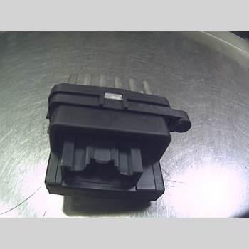 FORD FOCUS     04-07 1,8i 16v Flecifuel CC-kaross 2007 6G9T19E624AD