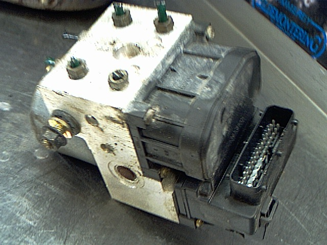 Abs hydraulaggregat image