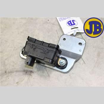 ABS Sensor VOLVO XC70 05-07  S + XC70 2006 30773379