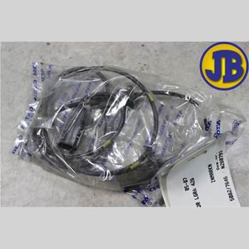 ABS Sensor VOLVO XC70 05-07  S + XC70 2005 30773740