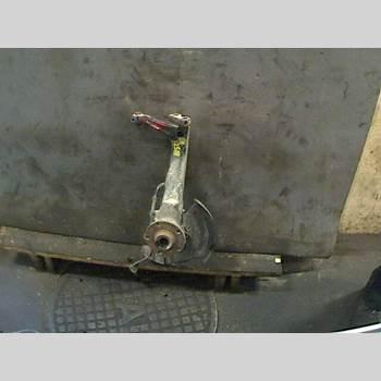 Styrspindel Lagerhus Höger VW PASSAT 97-00 1,6 1997