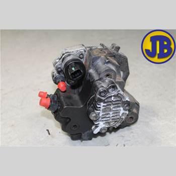 Bränsle Insp.Pump Diesel VOLVO S80      04-06 S80 D5 2004 8251785