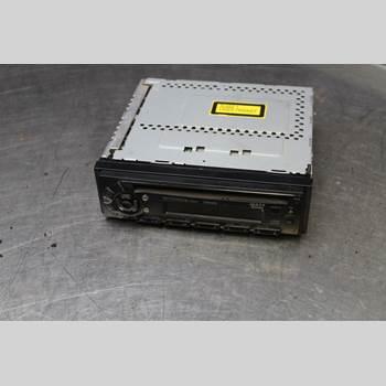 RADIO CD/MULTIMEDIAPANEL TOYOTA HILUX    97-04 2,5D-4D w4d Pickup 102hk 2002