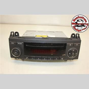 RADIO CD/MULTIMEDIAPANEL MB A-Klass (W169) 04-12 MERCEDES-BENZ A 150 70 KW 2006 A1698200386