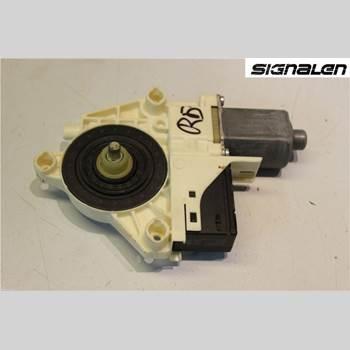 Fönsterhissmotor RENAULT LAGUNA III 11-15  2011 827300001R