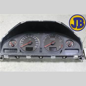 Hastighets Mätare Volvo V70      05-08  V70 2006 8602885