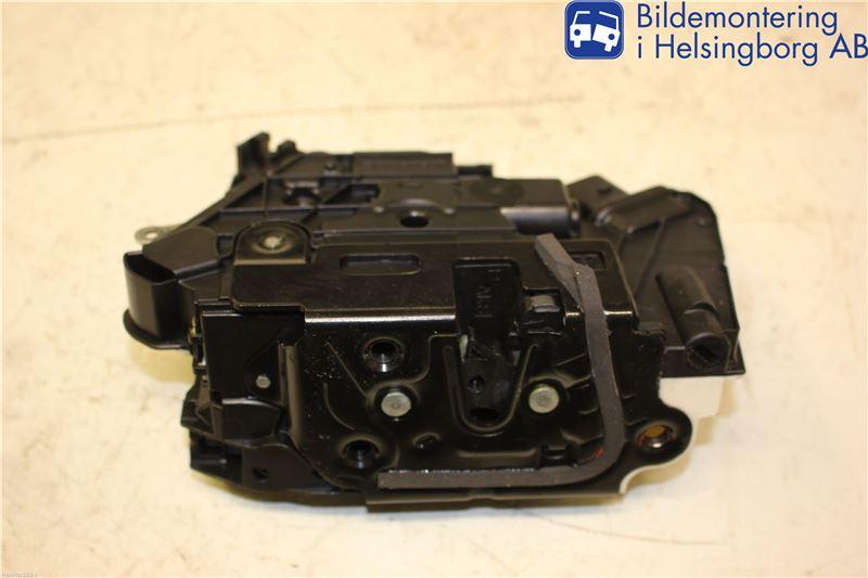 Centrallåsmotor Höger till VW PASSAT CC 2008-2016 J 5N1837016C (0)