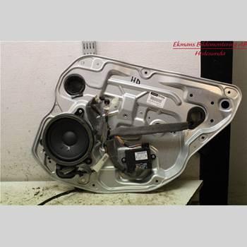 VOLVO V70 08-13 V70 (III) AWD 2010 30784512